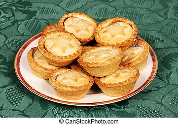 Traditional mince pies - Traditional English mince Pies on a...