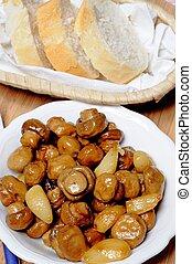 Button mushroom with garlic tapas. - Tapas - Whole button...