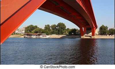 Red bridge, railway brid - Red bridge, pan right, railway...