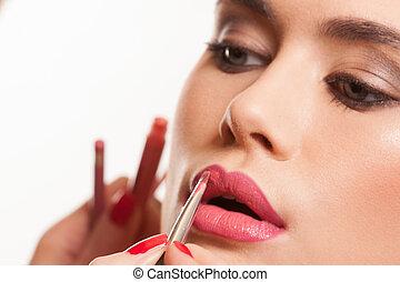 jovem, mulher, tendo, lábio, lustro, aplicado
