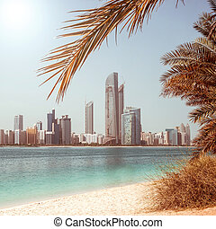 Photo metropolis on the gulf coast in Dubai. UAE