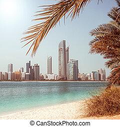 Photo metropolis on the gulf coast in Dubai. UAE