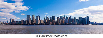 New York - panoramic view of Manhattan skyline