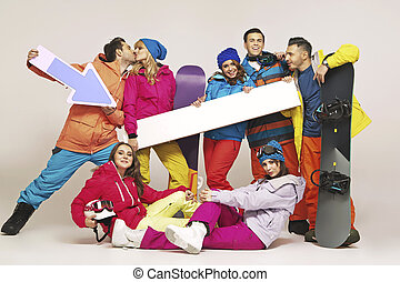 Picture of group of snowboarders
