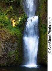 conexión en cascada, cascadas