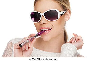 jovem, mulher, Smokin, Electic, cigarro