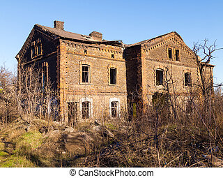Abandoned old brick house