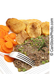 mince and peas with veg - Minced beef cooked with onion,...