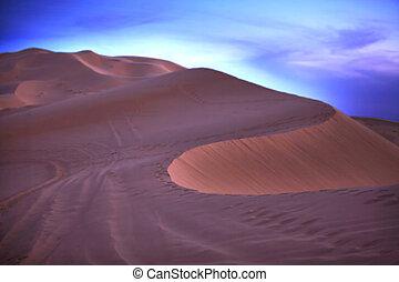 The sky fall over desert - Several sand hill at Erg Chebbi...