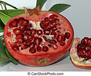 Pomegranate red ripe with beans very juicy 1 - Pomegranate...