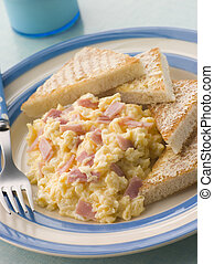 Cheesy Scrambled Egg with Ham and Toasted Triangles