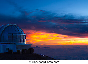 Observatory in Hawaii at sunset - Subaru observatory at...