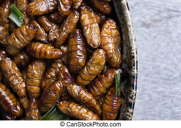 Fried silk worms