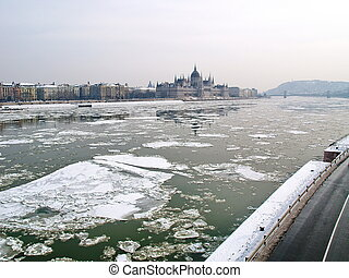 Parliament of Hungary and the icey river of Danube