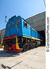 locomotive - Photo blue color locomotive that leaves the...