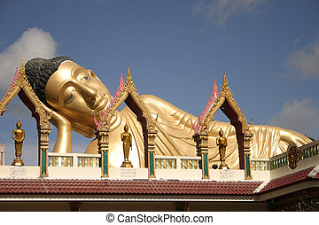 Buddisht Temple in Phuket Thailand - Thai Temple