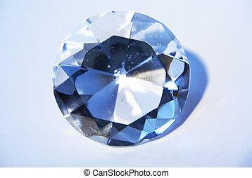 Diamond, ideal fine cut - A glass copy of the Regent diamond