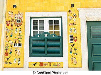 Front of the house, decorated tiles, Lisbon, Portugal