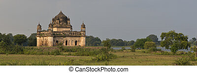Little Temple near Orchha - Little hinduist temple, only few...