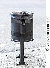 metal wheelie bin