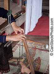 Process of weaving Thai Silk - Process of weaving, dyeing...