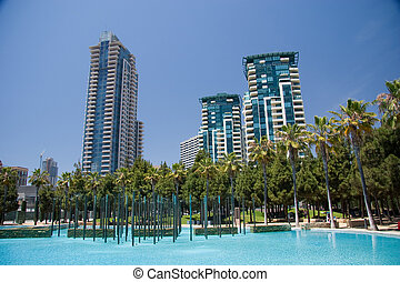 San Diego Skyline - A San Diego park and pool in the...