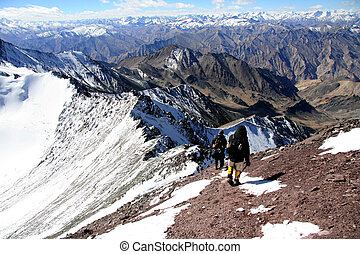 Climbers -Mountain Climb- Stok Kangri (6,150m / 20,080ft),...