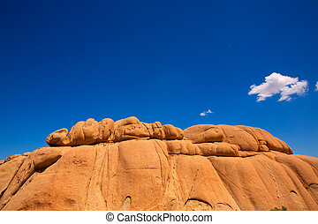 Joshua Tree National Park Jumbo Rocks in Yucca valley Mohave...