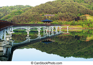 Beautiful bridge in South Korea,wolyounggyo
