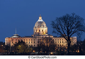 Minnesota State Capitol at Night - Minnesota State Capitol...