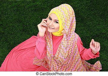jeune, musulman, girl, Porter, Hijab, séance, herbe,...