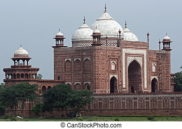 Islamic Architecture - Red sandstone building (Jawab). Built...