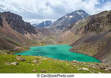 Beautiful lake in Tien Shan mountains, Kirgizstan -...