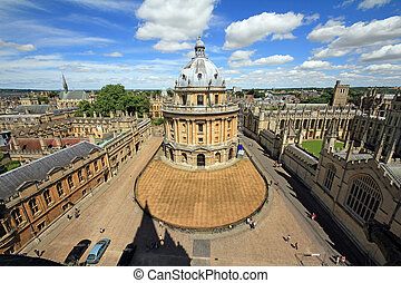 Etremely wideangle photo of Radcliffe Camera, the square and...
