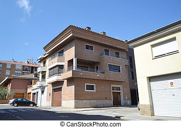 Modern house in Figueres