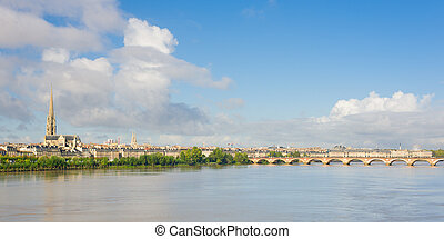 Panorama of Bordeaux - Panoramic view of Bordeaux at a...