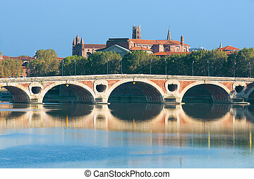 Pont Neuf in Toulouse - The Pont Neuf in Toulouse in a sunny...