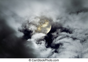 Cloudy full moon - Full moon in a cloudy night