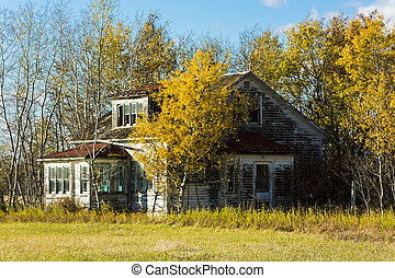 Old Farm House - An old weather and rustic abandoned farm...