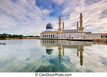 Kota Kinabalu Floating Mosque Day Time Image With Reflection