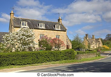 Cotswold farmhouse with pretty garden, Gloucestershire,...
