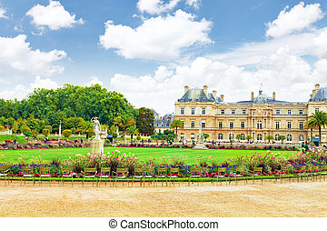 Luxembourg Palase in Paris, France. - Luxembourg Palase in...