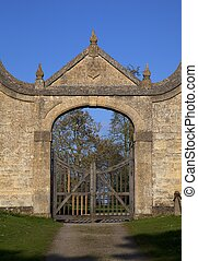 The Gatehouse at Chipping Campden - The historic Jacobean...