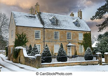 Cotswold home with snow - Detached Cotswold house with snow,...