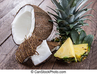 Pineapple and Coconut Pieces