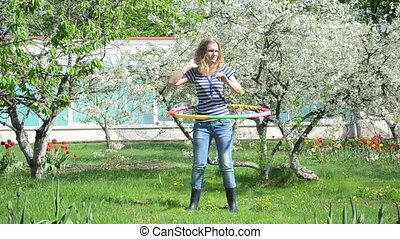 woman turn hoop waist