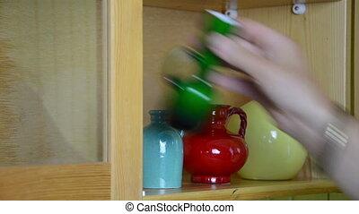 shelf small vases