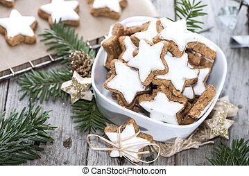 Christmas Sweets (Cinnamon Cookies) - Fresh Christmas Sweets...