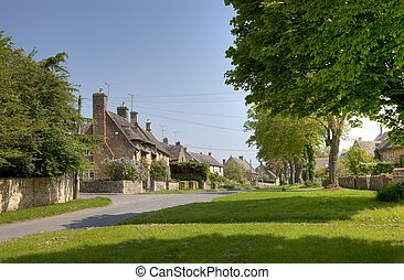 Kingham, Oxfordshire - The Cotswold village of Kingham,...