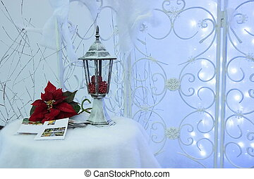 Christmas composition. - Retro lantern, Christmas flowers on...